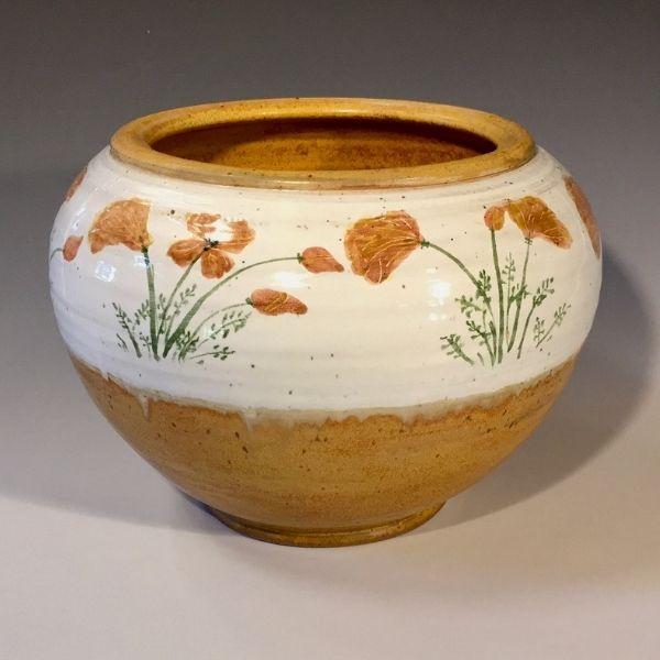 Pot by Jane Rekedal